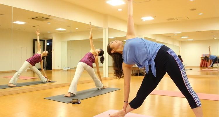 ヨガで心身のバランスを整えて体質改善!
