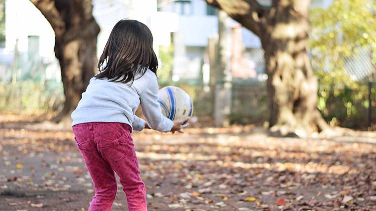 運動能力のベースは、ハンド&ボールで養われるの!?