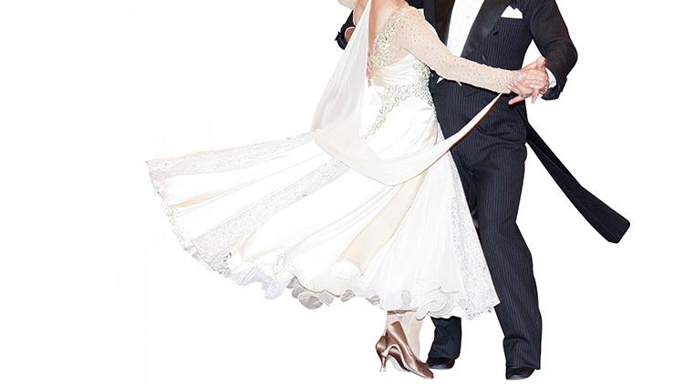 ダンスで美ボディを目指す女性が増えている