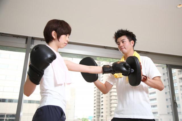 ボクシングジムでのトレーニング