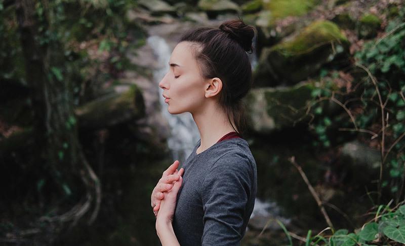 ピラティスのラテラル呼吸法