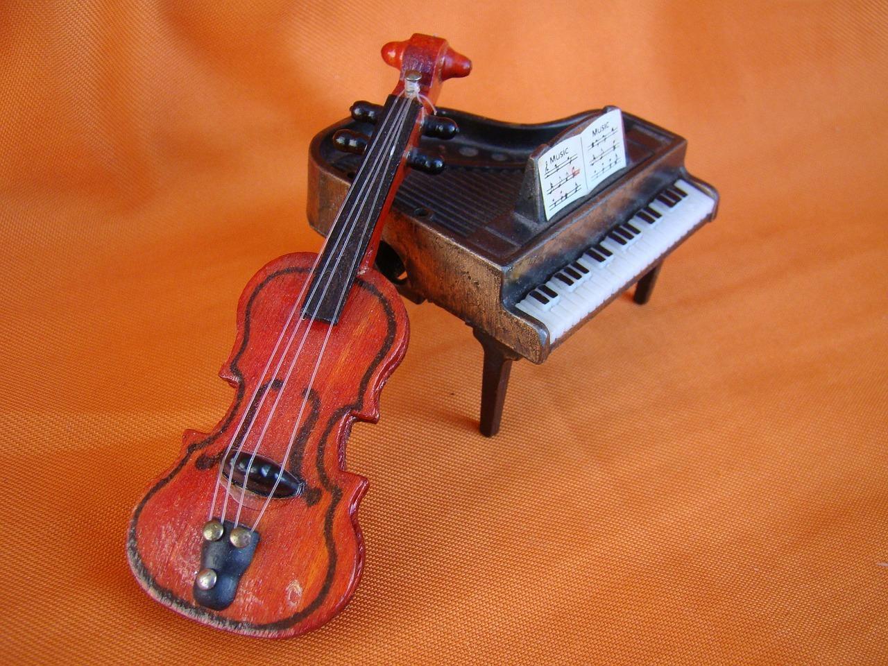 ピアノバイオリン メインビジュアル