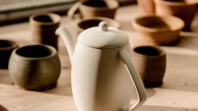 メインビジュアル 大阪の陶芸教室で自分だけの食器を作りましょう