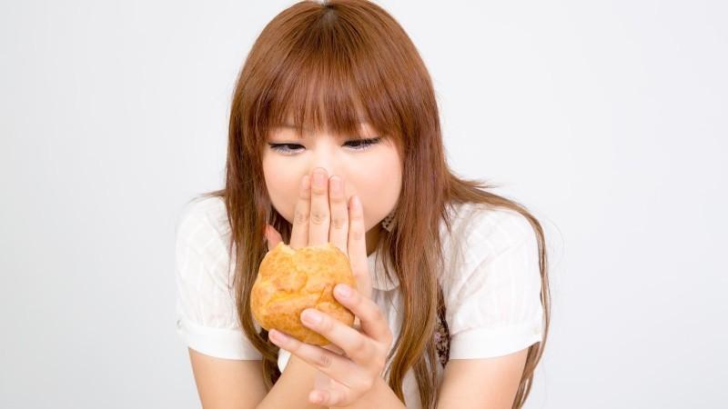 メインビジュアル 痩せたいのに食べてしまう