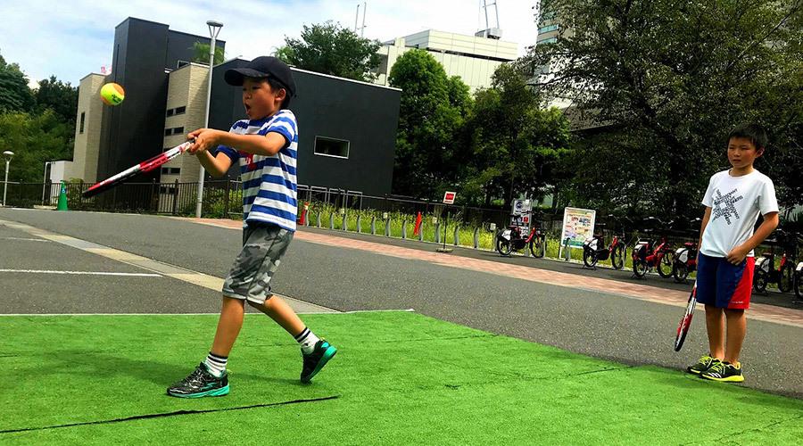 手ぶらでOK!はじめてのテニススクール