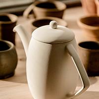 サムネイル 大阪の陶芸教室で自分だけの食器を作りましょう