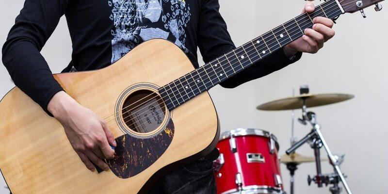 ギターメイン