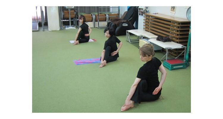 高橋ヨガ研究所 宝塚 ソリオ教室の写真9