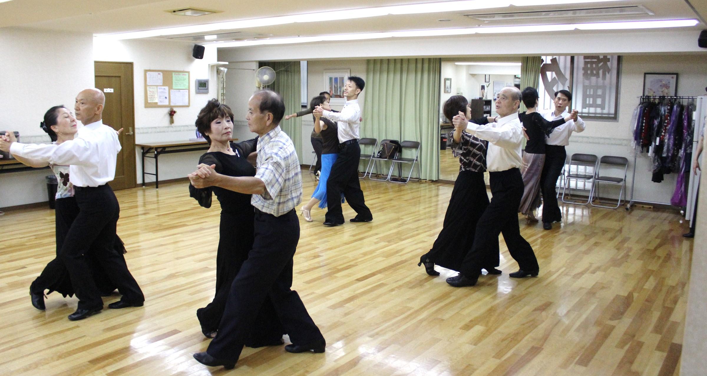 梅田ダンスルームWing