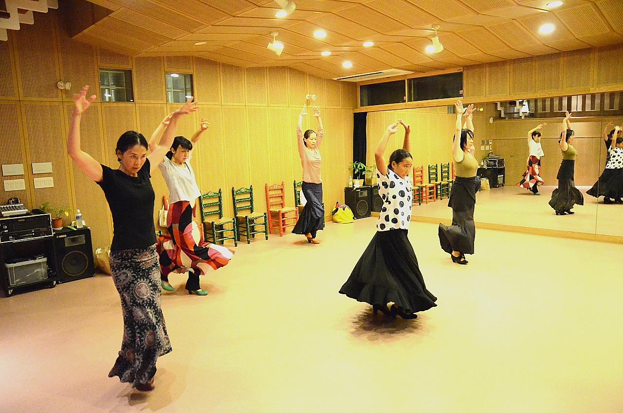 宮本亜都子フラメンコスタジオの写真17