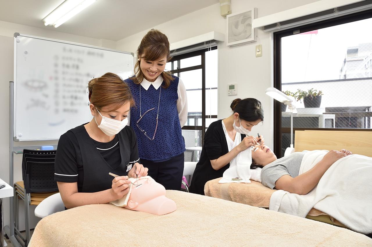 M&Kei eyelist schoolの写真9