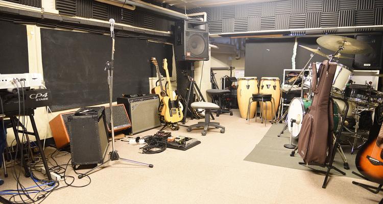 Laggy ギター教室 中河原スタジオの写真9