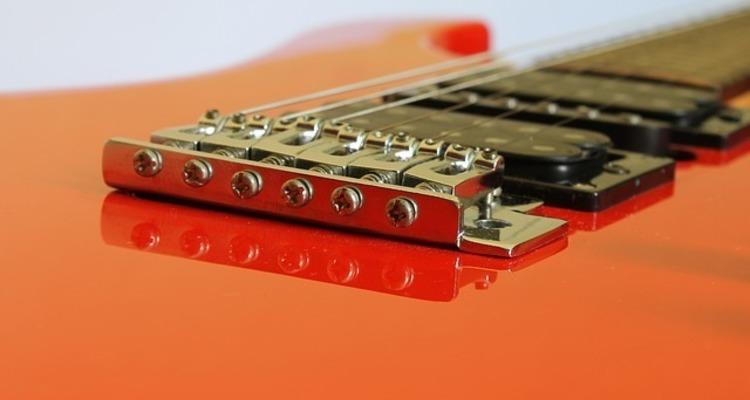 School guitar 586161 640
