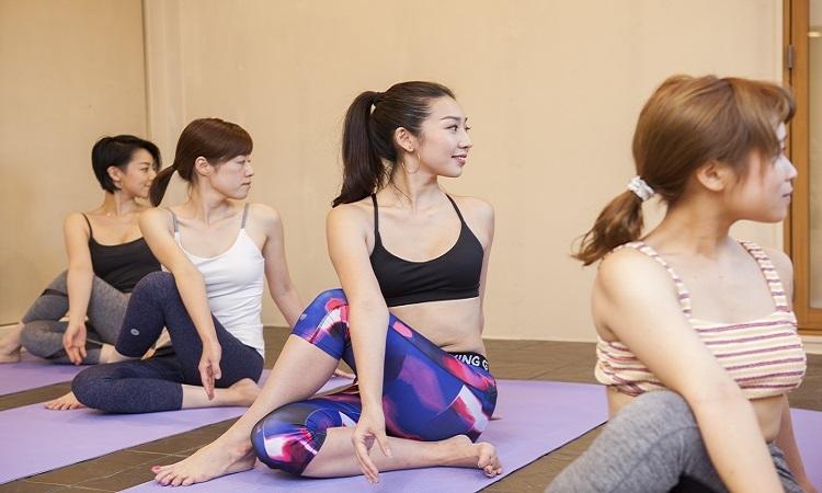 溶岩盤yoga studio SiMPLE 福岡店の画像