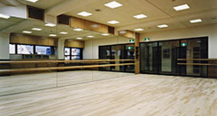 School 3s