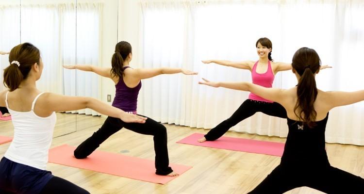 School  rena s yoga        1
