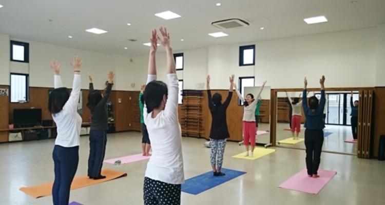 School school yoga