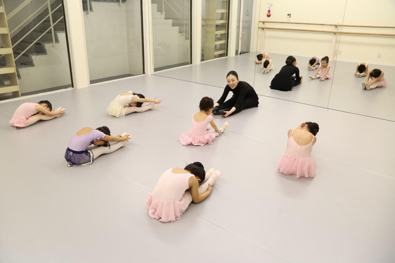 Aya Ballet School洗足スタジオ(本部)
