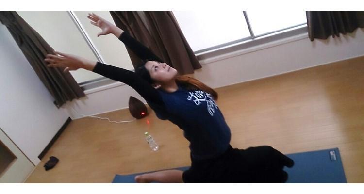 School   yoga house        2