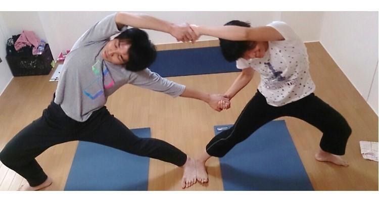 School   yoga house        3