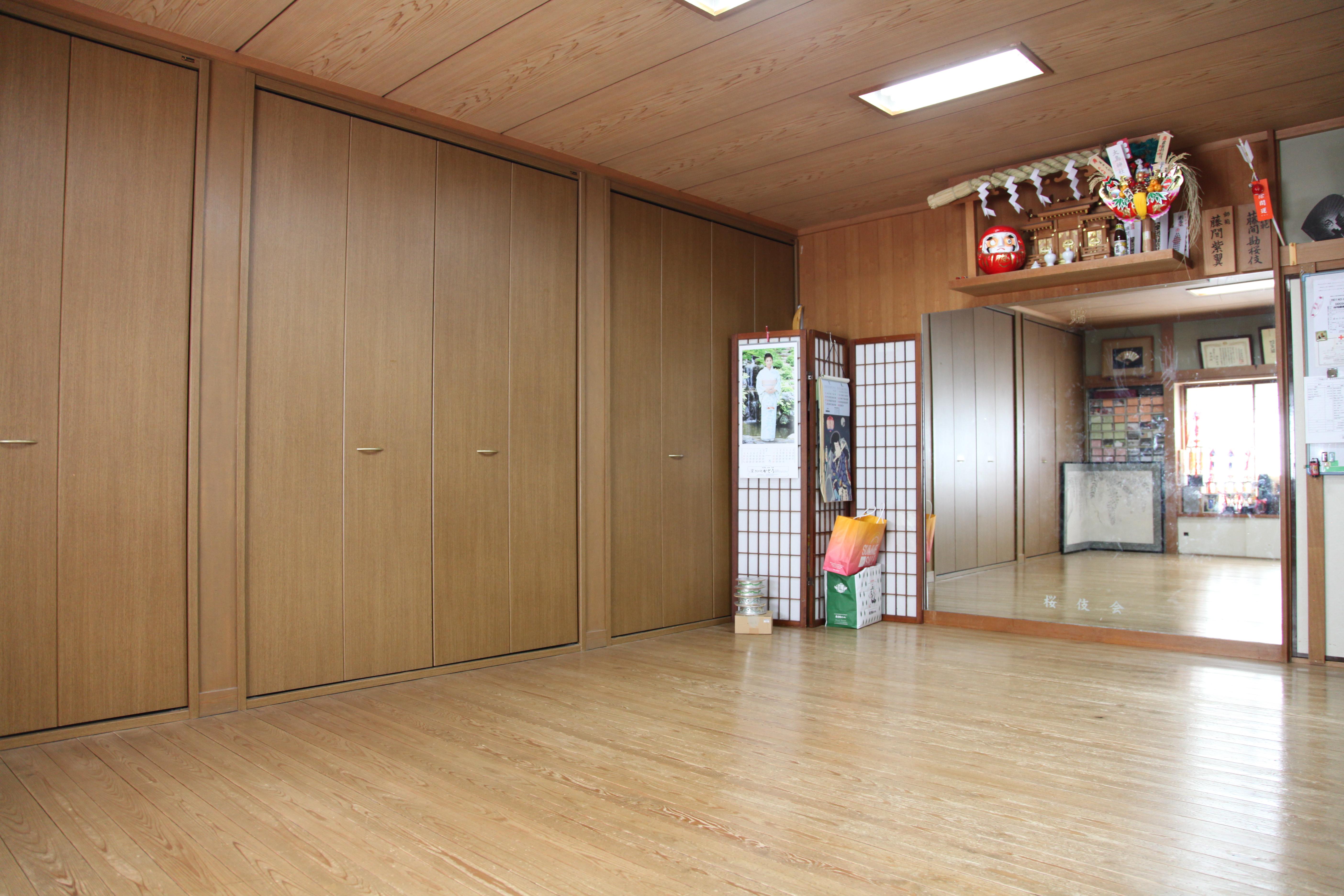 紫派藤間流桜伎会舞踊教室