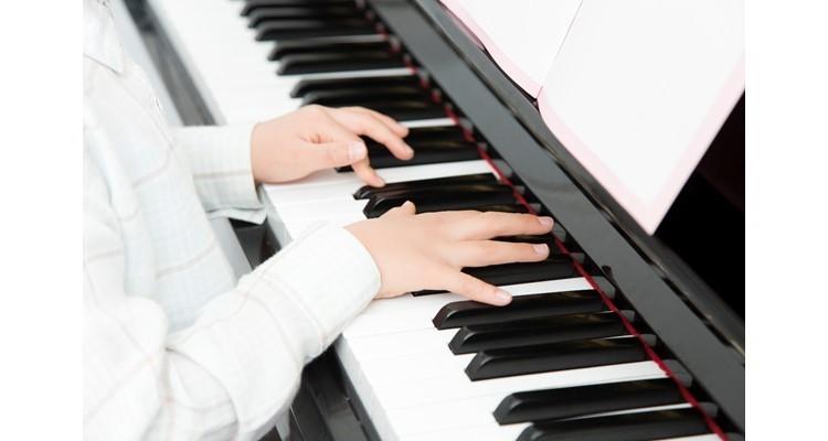 School piano01