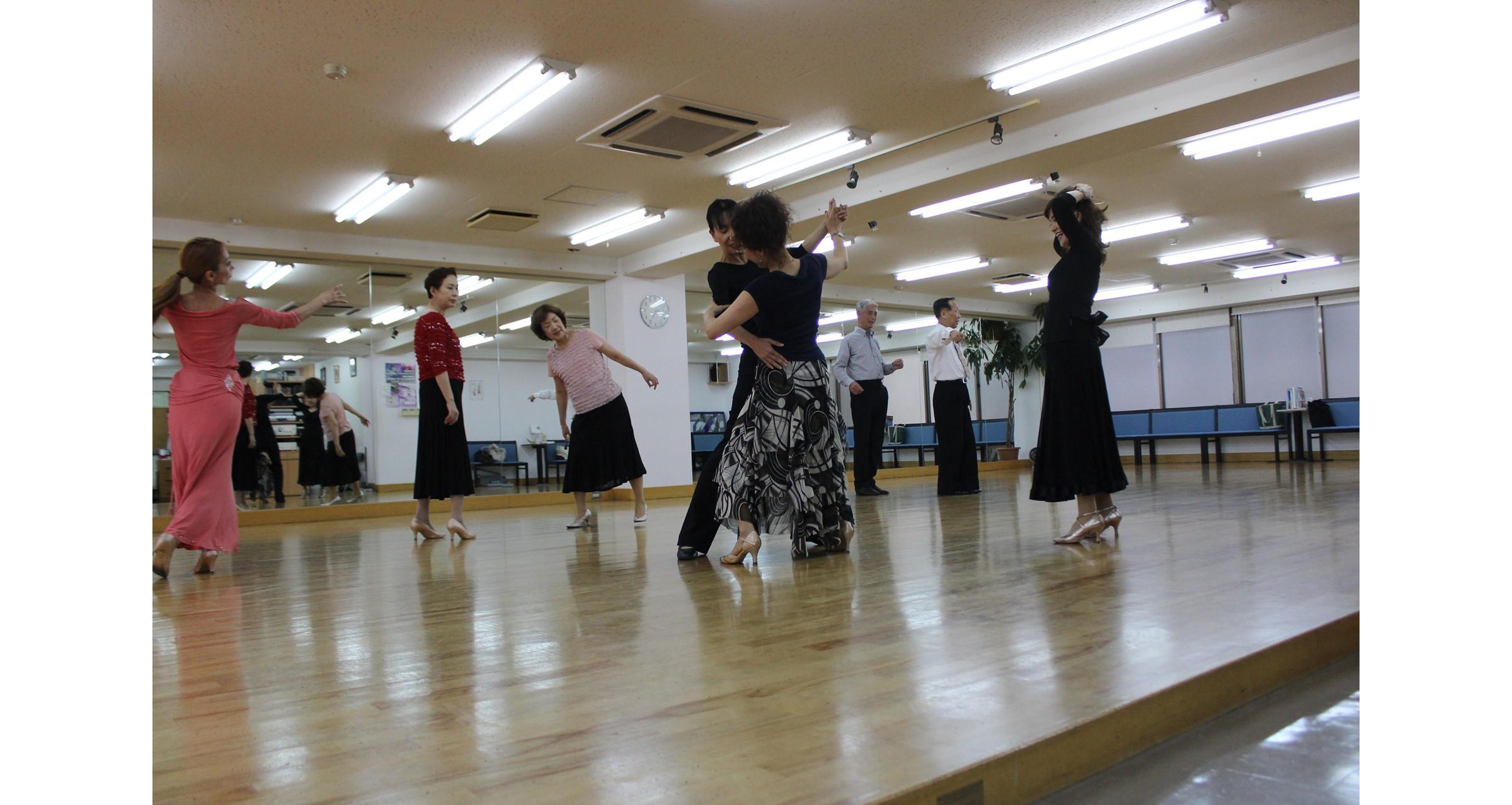 ダンススクールまい華本町クラス