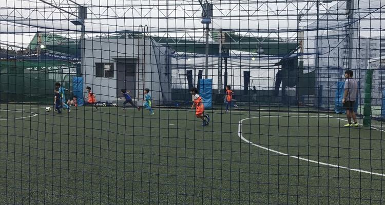 フロリオサッカースクール 清澄白河・森下校の写真1