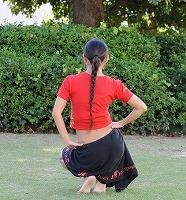 サムネイル 腰を使った魅惑の舞踊「タヒチアン・ダンス」でクビレ実現!